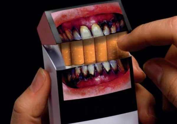 what pictures on cigarette packs