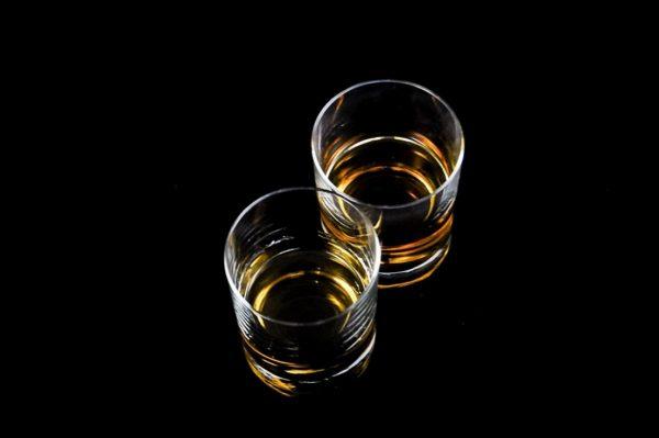 Алкогольная зависимость особенно страшна по женской линии!