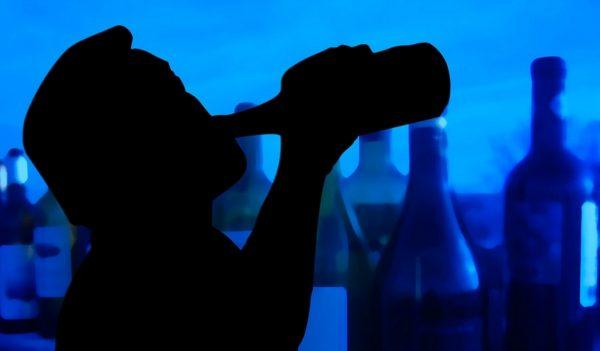 Spirtli ichimliklarni yoki narkotik moddalar to'g'risidagi, giyohvandlik hayotning normal yo'l tushunchasi mos emas .