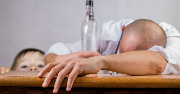 In almost all cases, alcoholism is born and develops according to the standard scheme.