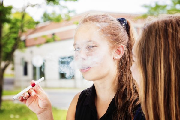 Smoking cause allergies