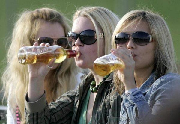 Причины алкоголизма в подростковой среде