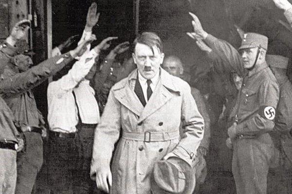 Гітлер падсеў на іголку