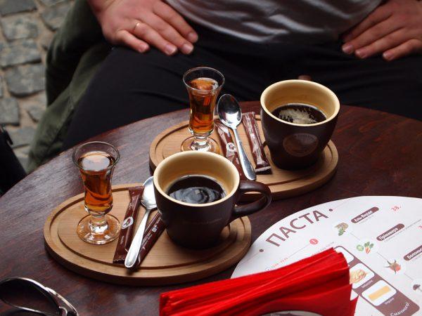 Одновременное употребление кофе с алкоголем