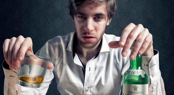 Каждый день пьете пиво или вино? Похоже, что вы хронический алкоголик!