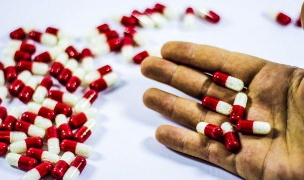 """""""Таблетки для похудения"""" убивают тысячи женщин, так как в красивой оболочке прячется наркотик."""