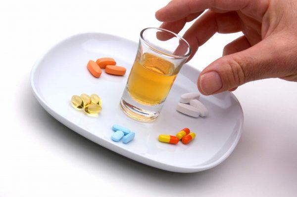 можно ли анальгин с алкоголем