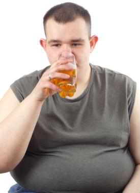 Пиво не только ведет к алкоголизму, но и губит внешность человека