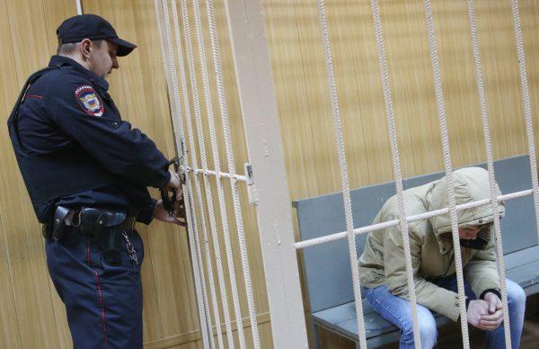 КК РФ зберігання та розповсюдження наркотиків