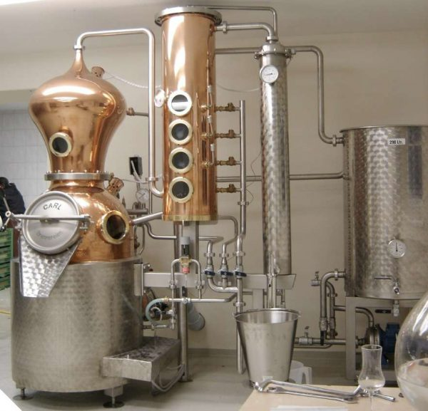 distillation of moonshine