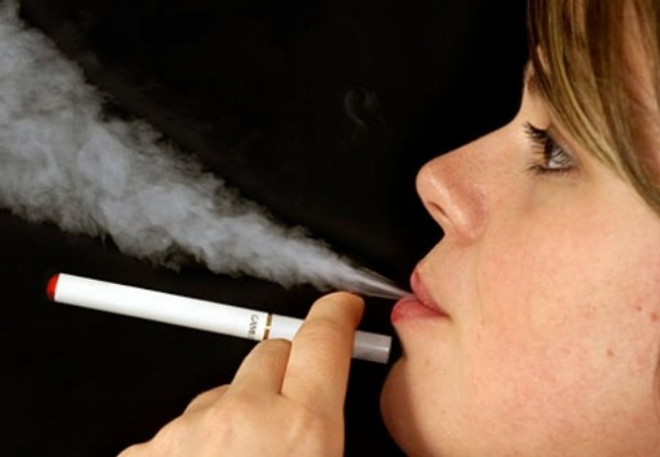 Smoking electronic cigarettes is absolutely harmless for you and others!