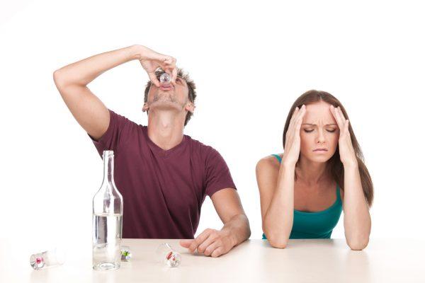 Муж пьет каждый день